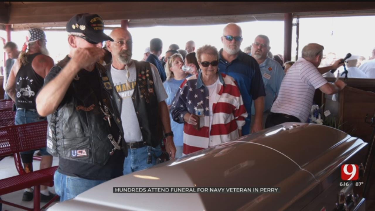 Hundreds Attend Funeral For Oklahoma Navy Veteran With No Surviving Family