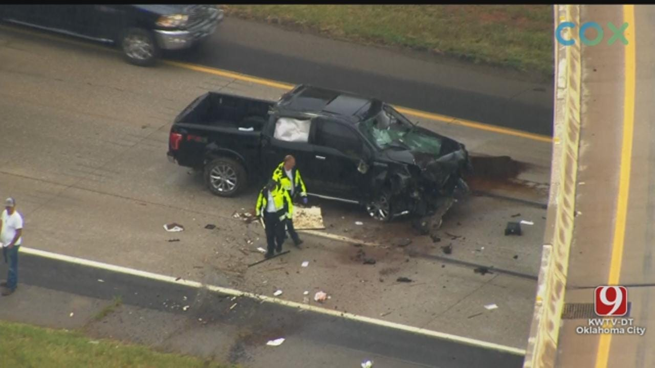 Crews Respond To Deadly Accident On I-35