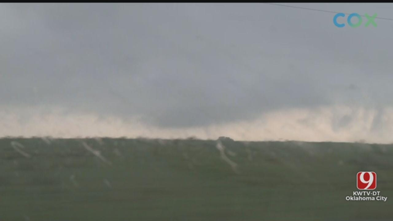 WATCH: Val & Amy Spot Funnel Forming Near Waurika