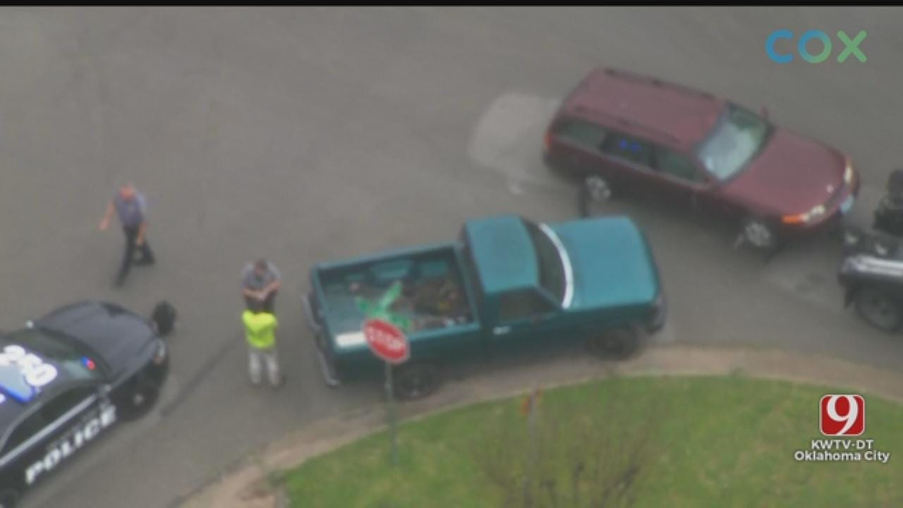 WATCH: Bob Mill SkyNews 9 Flies Over Suspect's Arrest After Chase