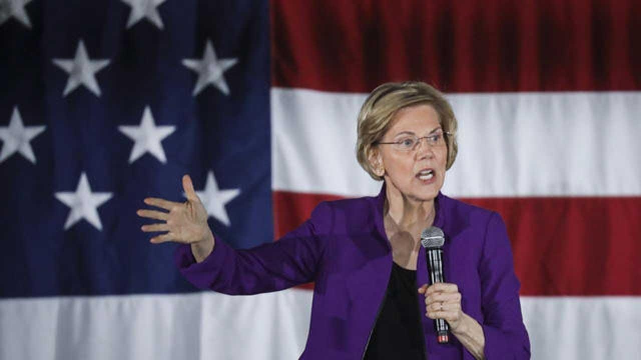 Elizabeth Warren Calls On Congress To Begin Impeachment Proceedings Against Trump