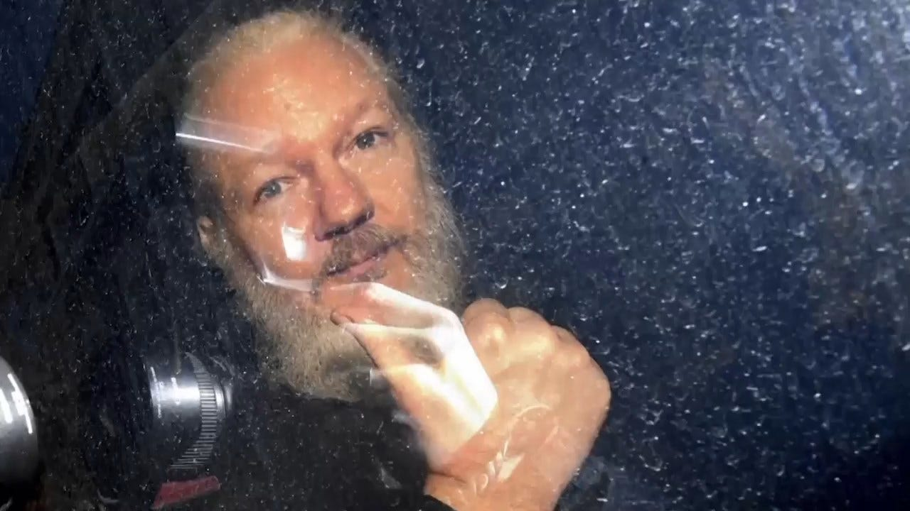 Julian Assange, Defiant WikiLeaks Boss, Jailed As Extradition Battle Begins