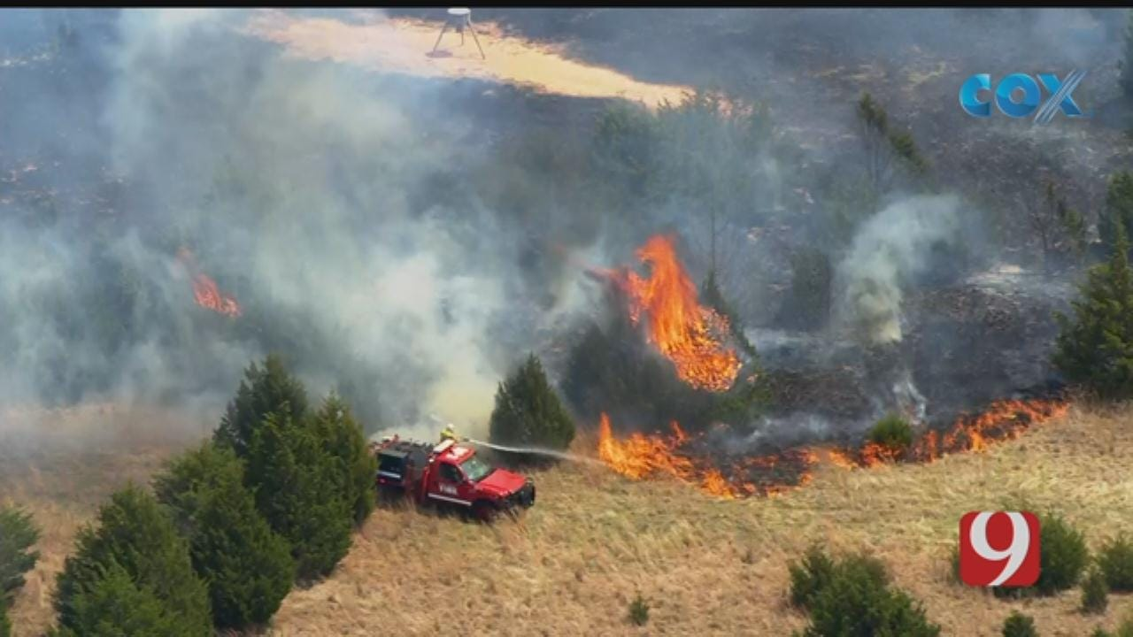 Firefighters Respond To Wildfire North Of Edmond
