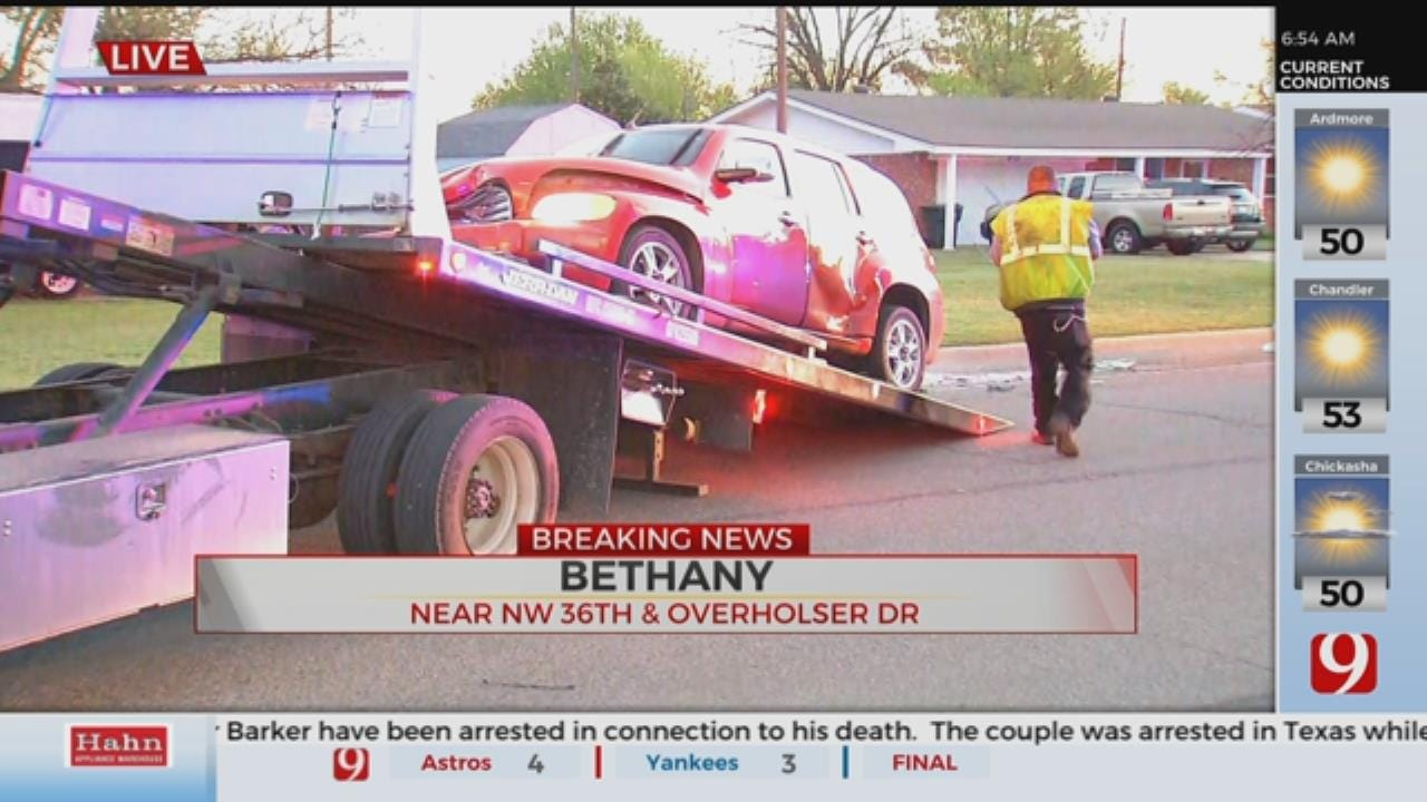 2 Taken To Hospital Following 2 Car Crash In Bethany, Witness Says