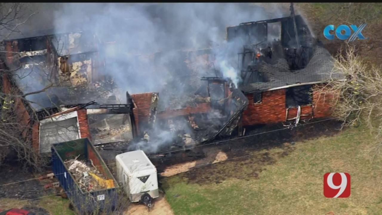 WATCH: Bob Mills SkyNews 9 Flies Over House Fire In Noble