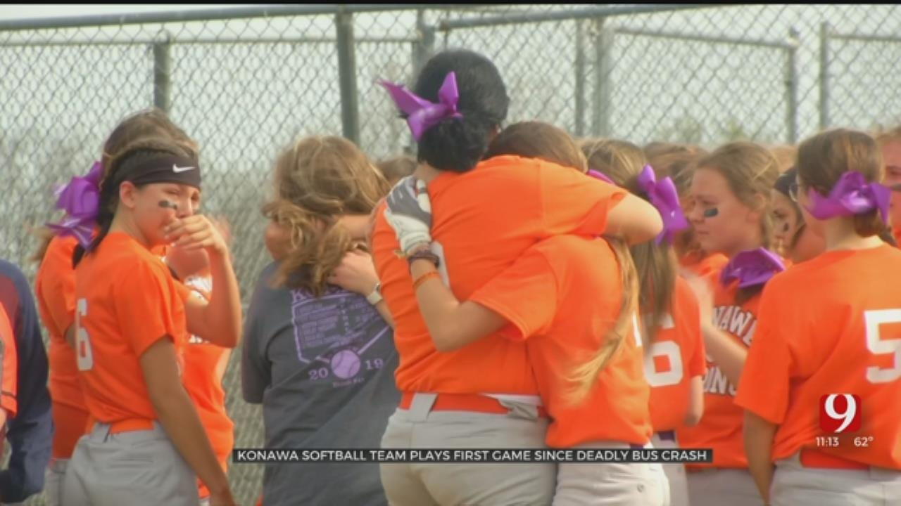 Konawa Softball Team Honors Teammate Killed In Crash