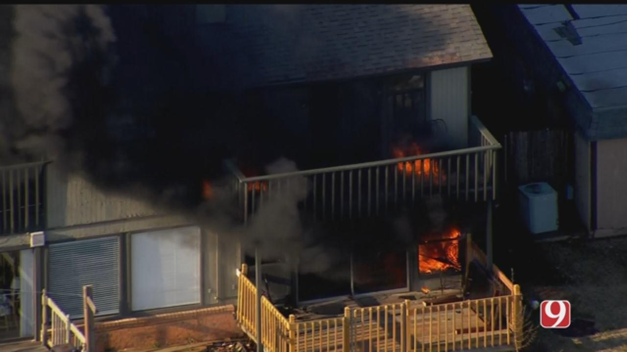 Bob Mills SkyNews 9 Flies Over Duplex Fire In NW OKC