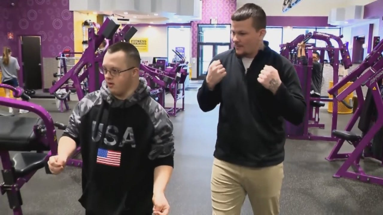 Gym Manager Gifts Down Syndrome Gym Member With New Sneakers