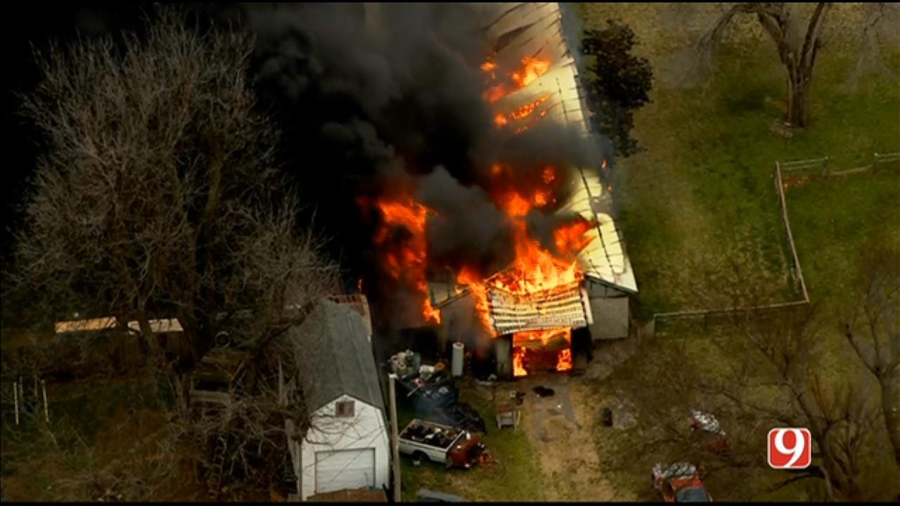 Bob Mills SkyNews 9 Flies Over Large Structure Fire In Yukon