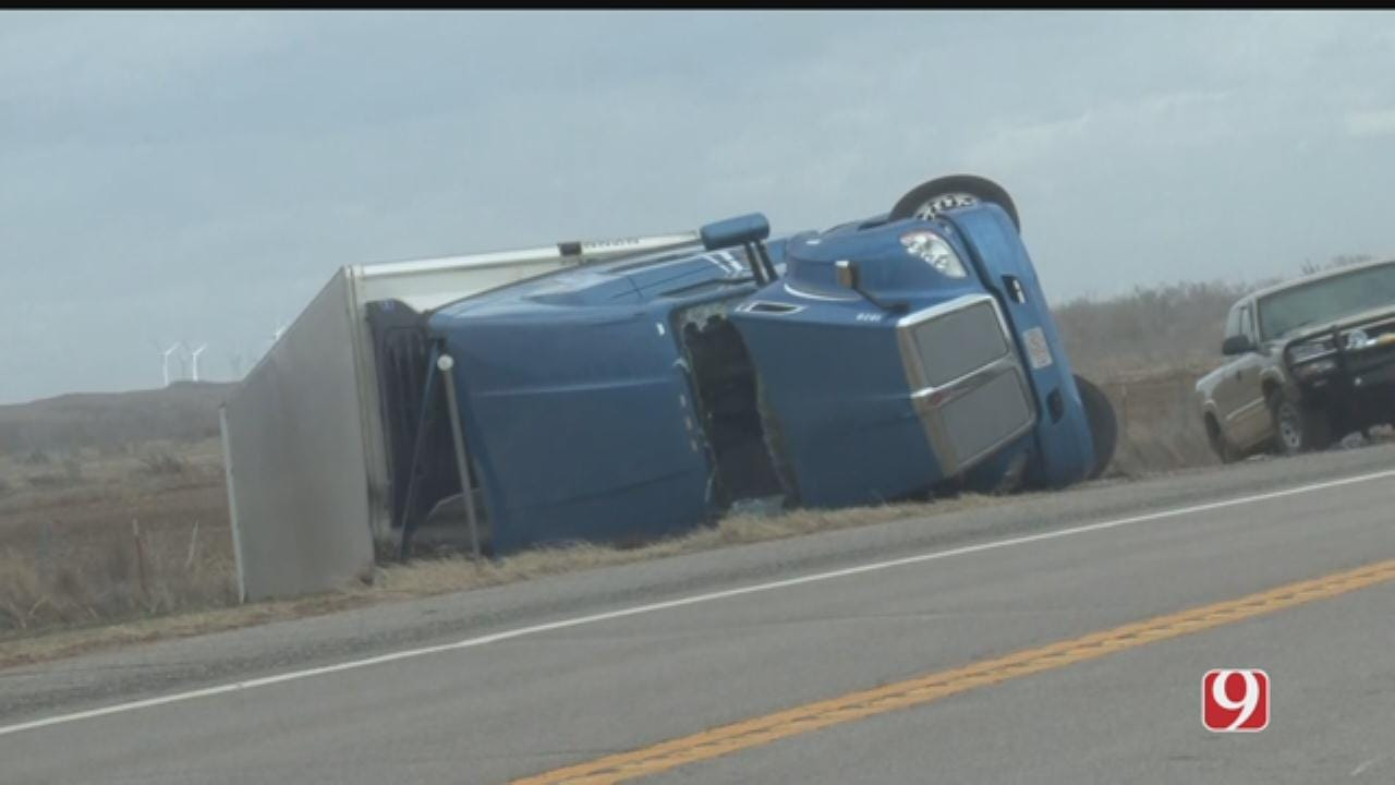 Crews Respond To Reported Semi Rollover In NW Oklahoma