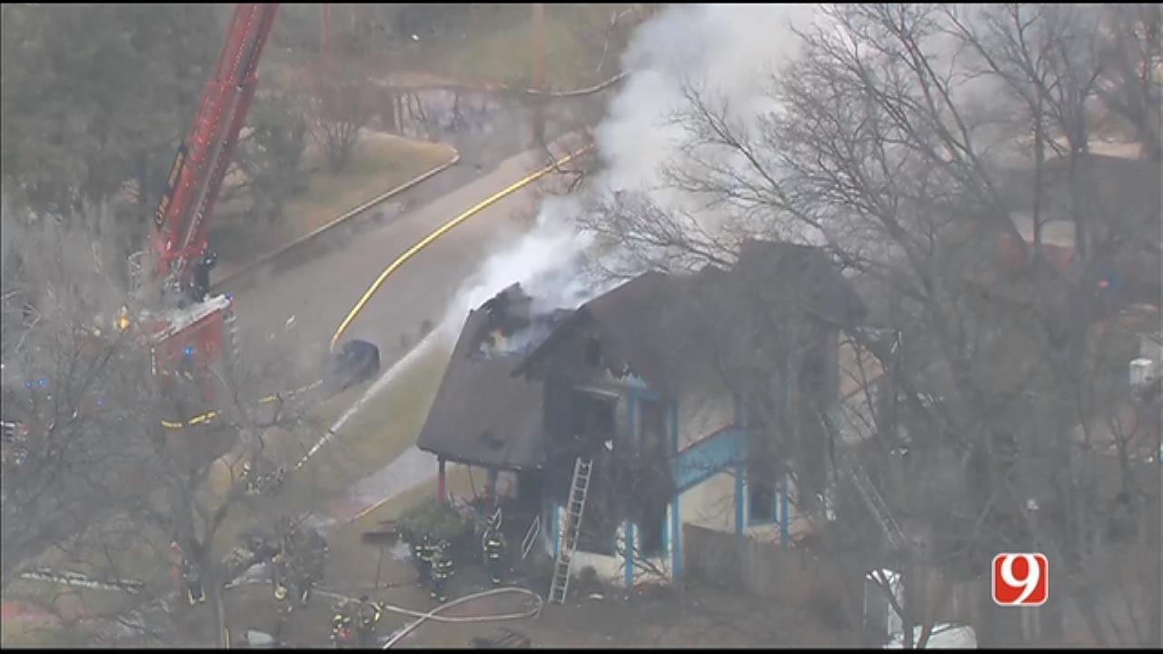 Bob Mills SkyNews 9 Flies Over Guthrie House Fire
