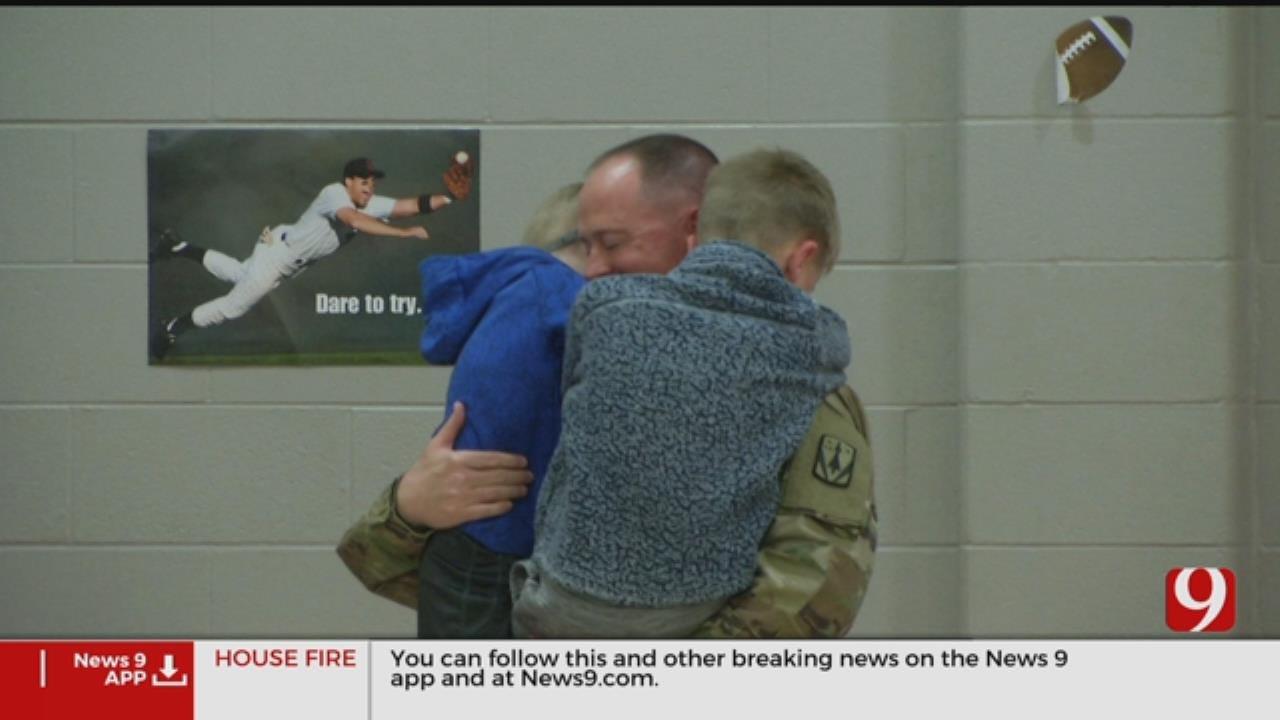 Soldier From Claremore Returns Home To Surprise Kids