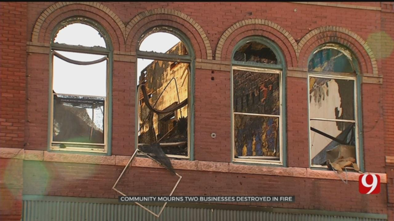 Guthrie Prays After Two Businesses Lost In Fire