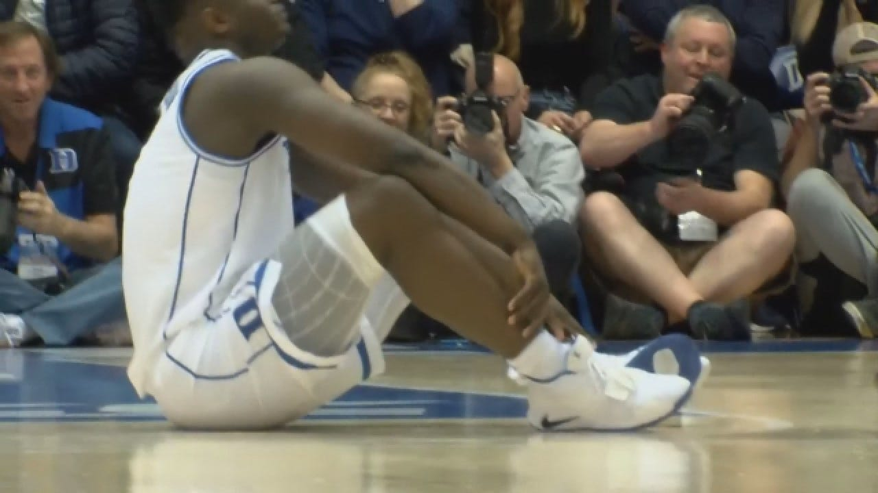 Duke's Zion Williamson Becomes Injured During North Carolina Game
