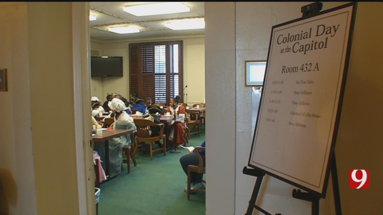 5th Graders Celebrate Colonial Day At State Capitol