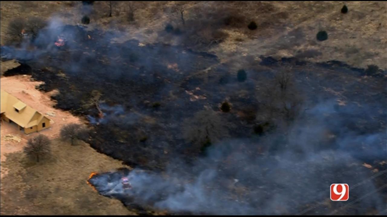 Crews Battle SE OKC Grass Fire