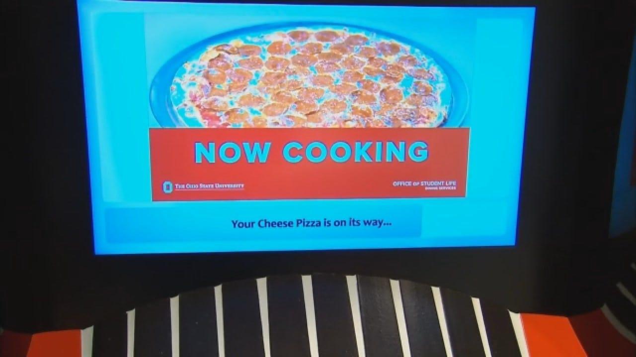 Pizza Vending Machine Opens At College Campus
