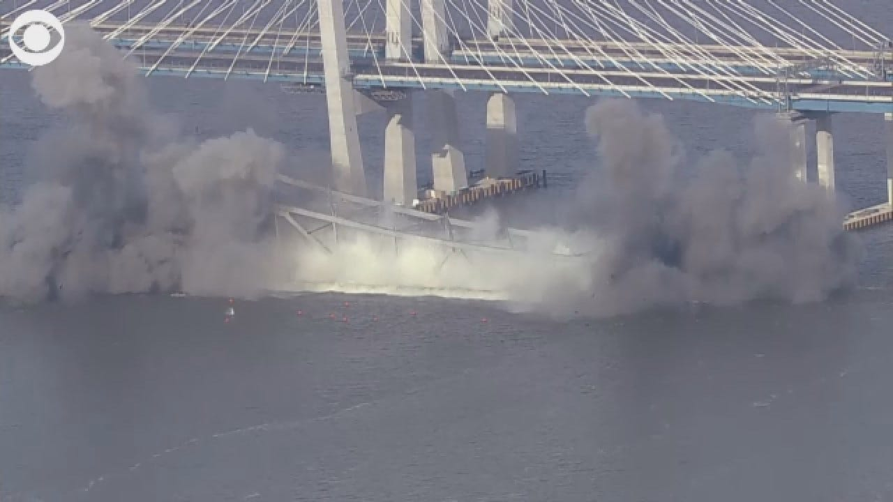 Tappan Zee Bridge In New York Demolished