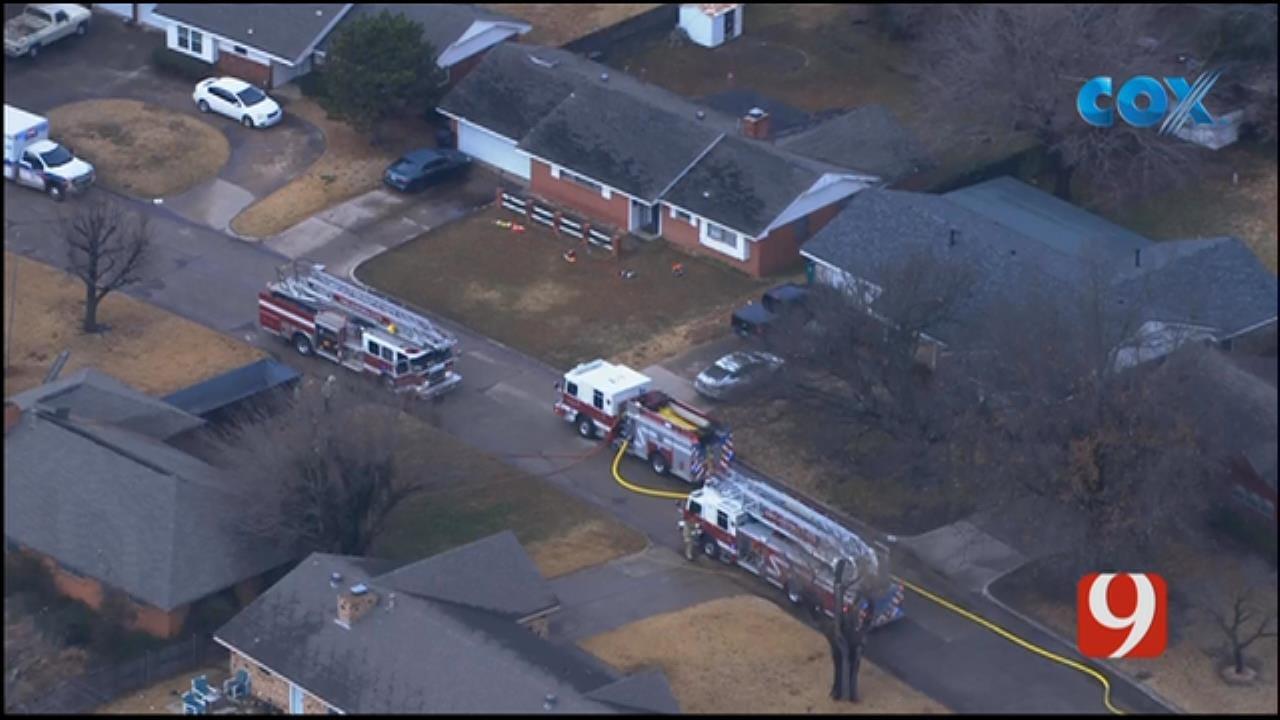 Bob Mills SkyNews 9 Flies Over SW OKC House Fire