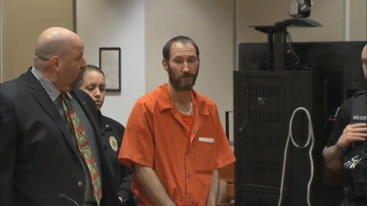 Homeless Vet Appears In Court Pending Trial In GoFundMe Scam Case