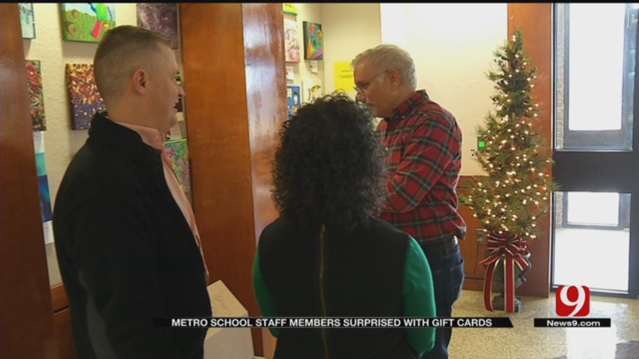 Oklahoma Teachers Surprised With Gift Cards