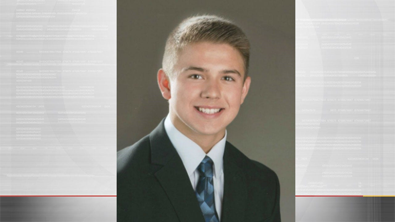 Speaking At Funeral, Priest Criticizes Teen Who Killed Himself