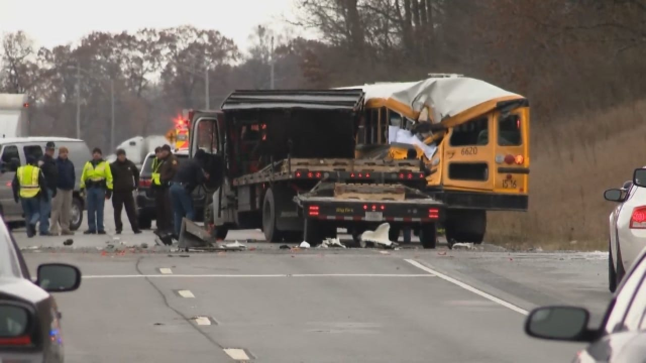 3 Dead After 2 Crashes Involving Buses In 2 States