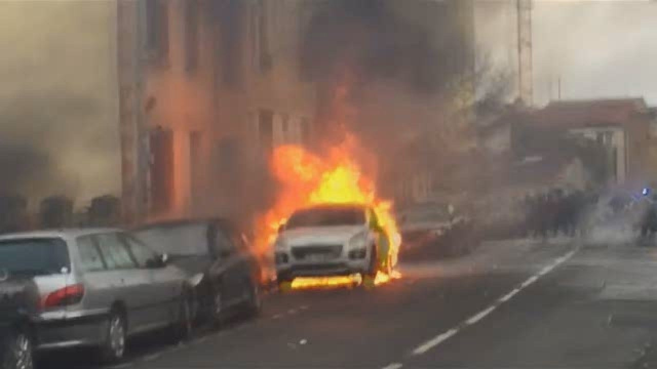 Student Protests Intensify In Paris