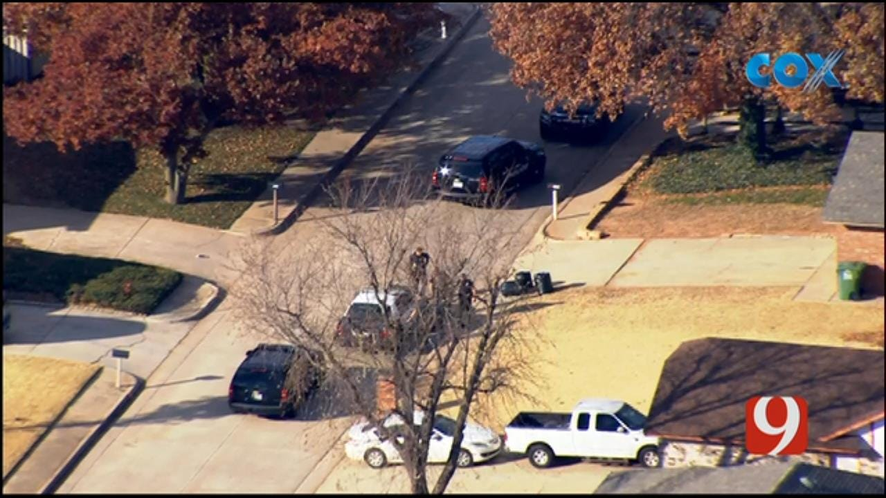 Bob Mills SkyNews 9 Flies Over A Chase Suspect Being Taken Into Custody