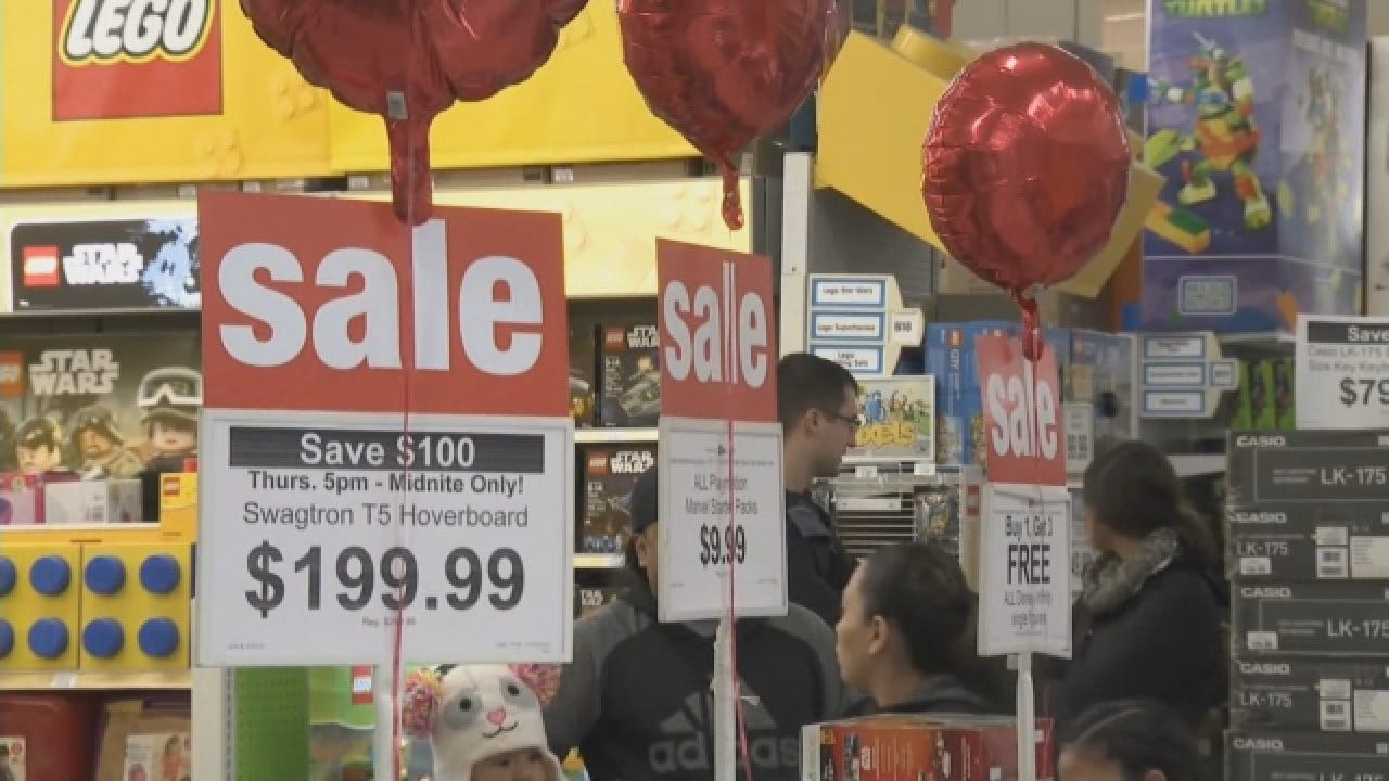 """Black Friday"" Shopping Deals Start Thanksgiving Day"