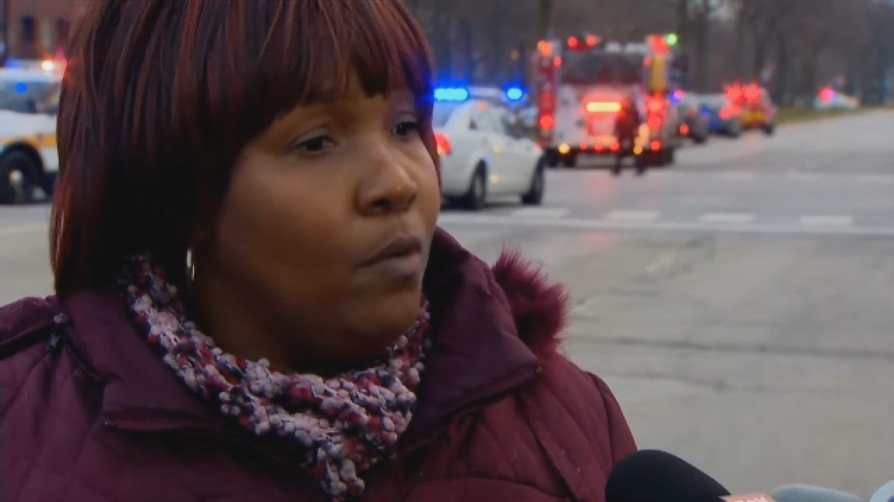 Witness To Shooting Near Chicago Hospital Says She Knew It Was 2 Shooters