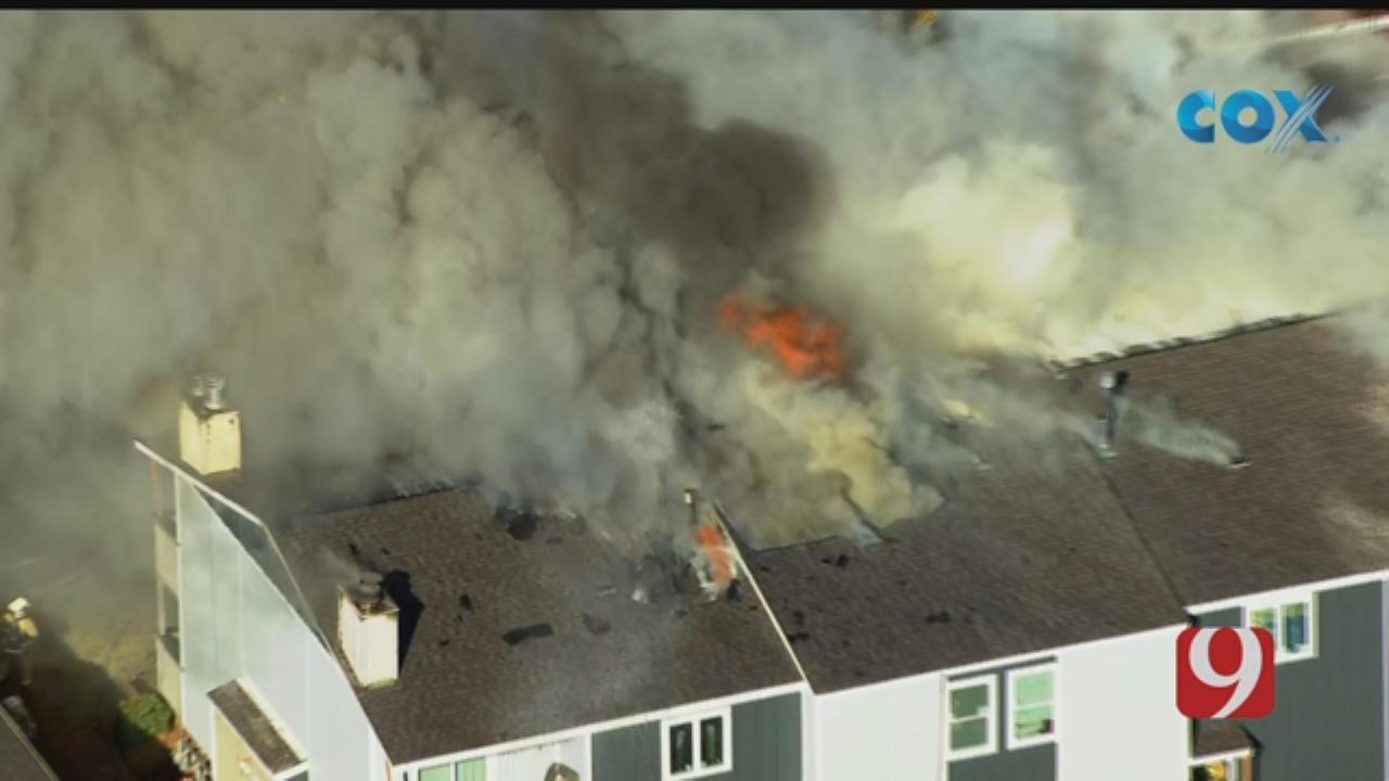 Bob Mills SkyNews 9 Flies Over A NW OKC Apartment Fire