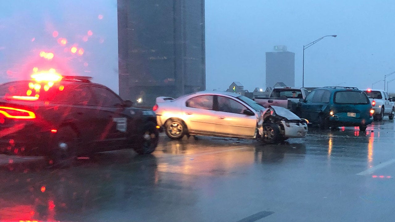 Crews Respond To Multi-Vehicle Accident Along Belle Isle Bridge