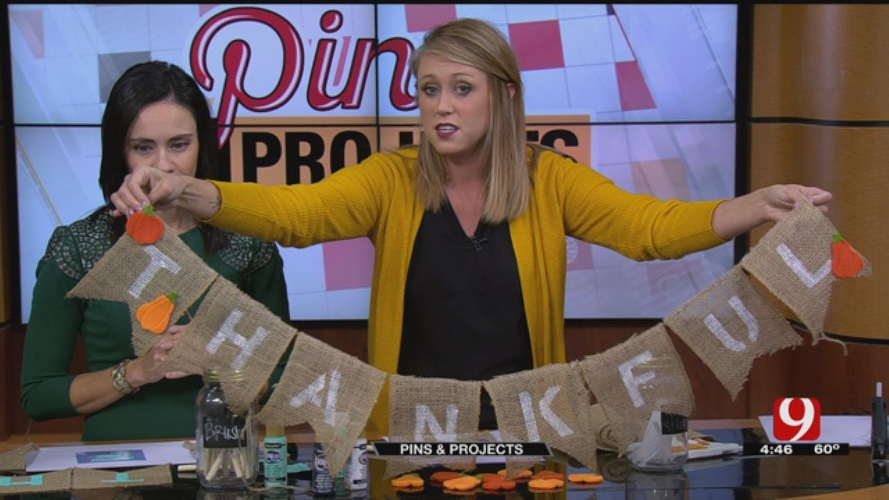 Pins & Projects: Thanksgiving Burlap Banner