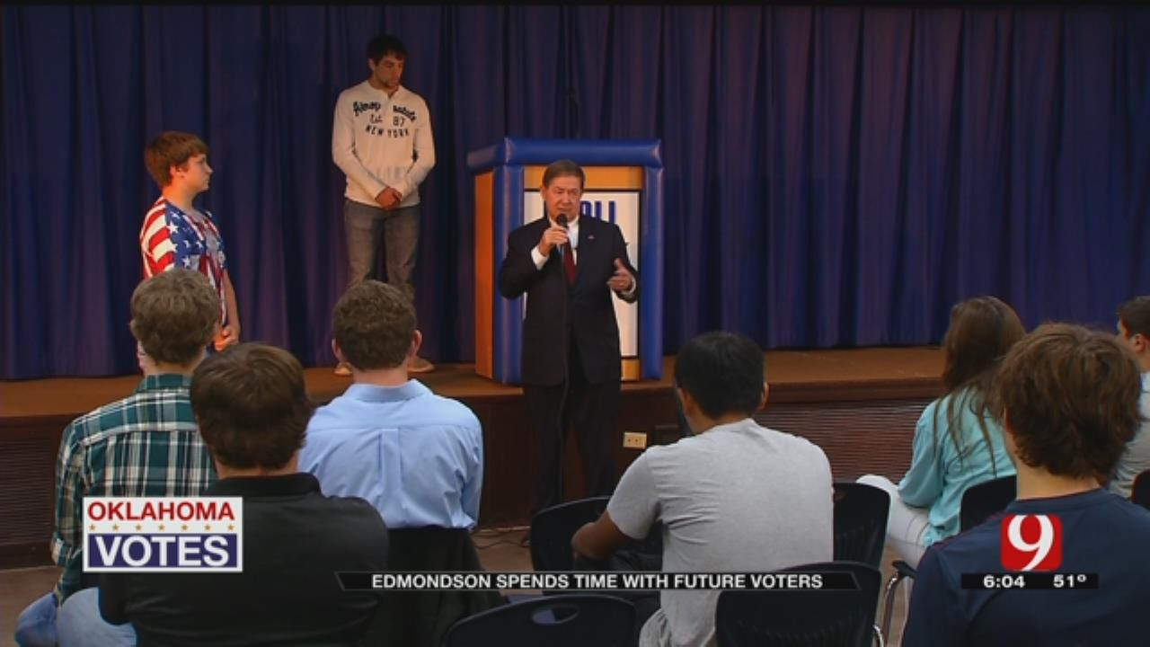 Drew Edmonson Takes Break From Campaign To Talk With Students In Paoli