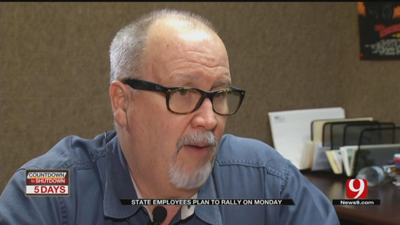 State Employees Say House Revenue Plan Won't Avert Walkout
