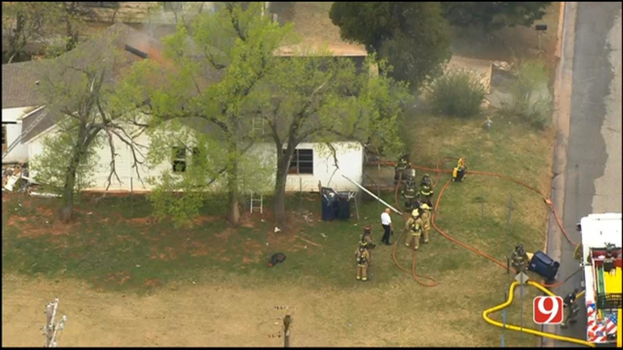 WEB EXTRA: SkyNews 9 Flies Over SW OKC House Fire