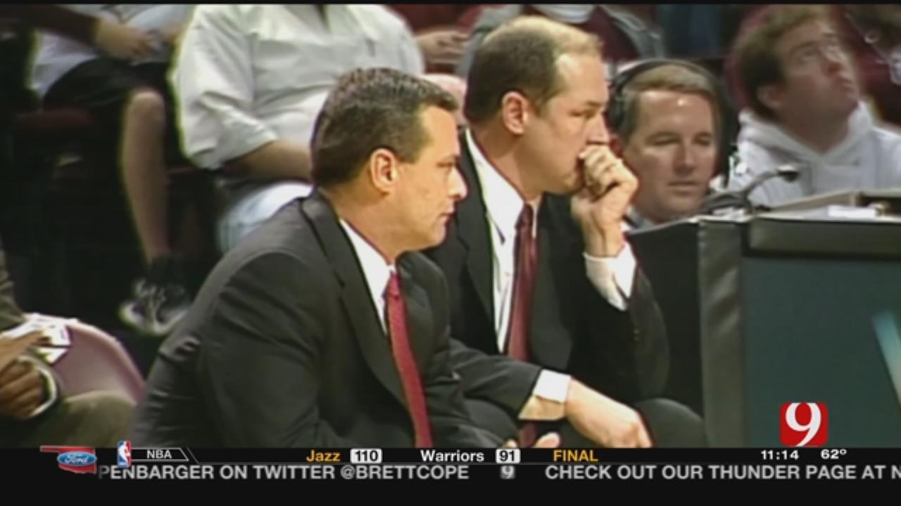Texas Coach Billy Gillispie Receives New Kidney