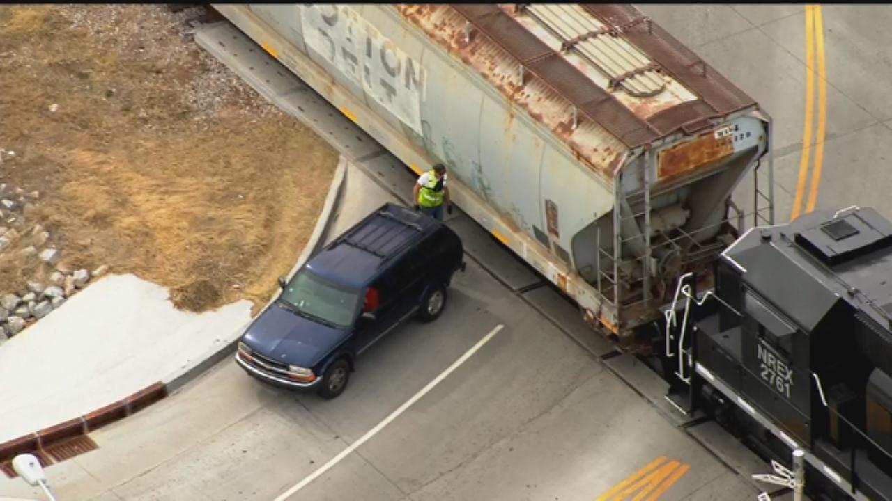 WEB EXTRA; SkyNews 9 Flies Over Crash Involving Train, Vehicle In SW OKC