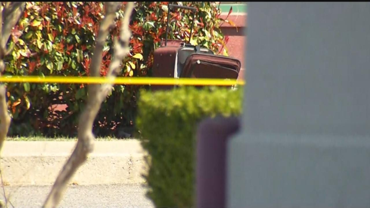 WEB EXTRA: Bomb Squad Opens, Removes Suitcase In SE OKC Package Scare