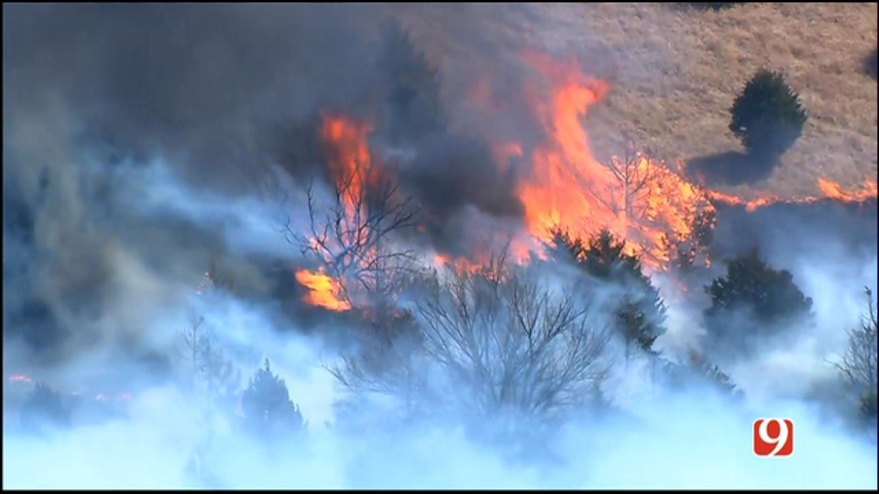 WEB EXTRA: Skynews9 Flies Over Wildfire In NE OKC