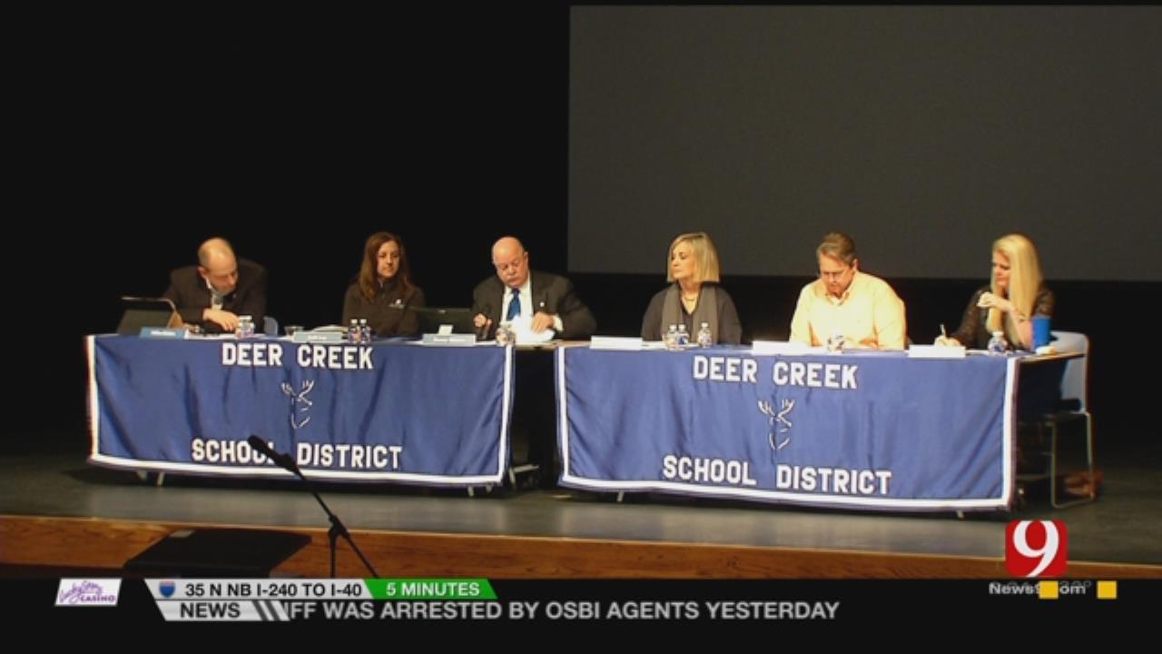 School Districts Across Oklahoma Rally Behind Teachers Threatening Strike