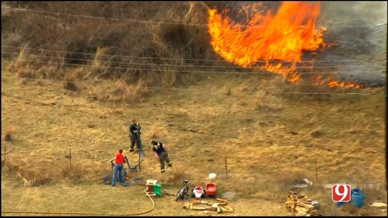 WEB EXTRA: Bob Mills SkyNews 9 Flies Over Chickasha Wildfire