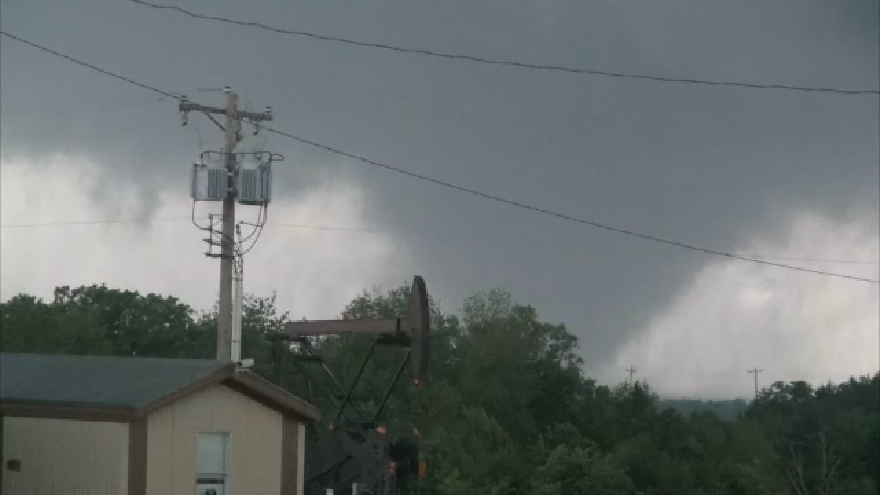Sheltering In Place Vs. Driving Away During A Tornado