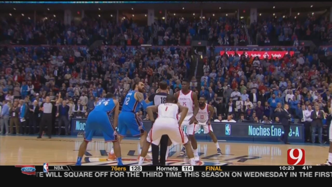 Paul Scores 25; Rockets Top Thunder For 16th Straight Win