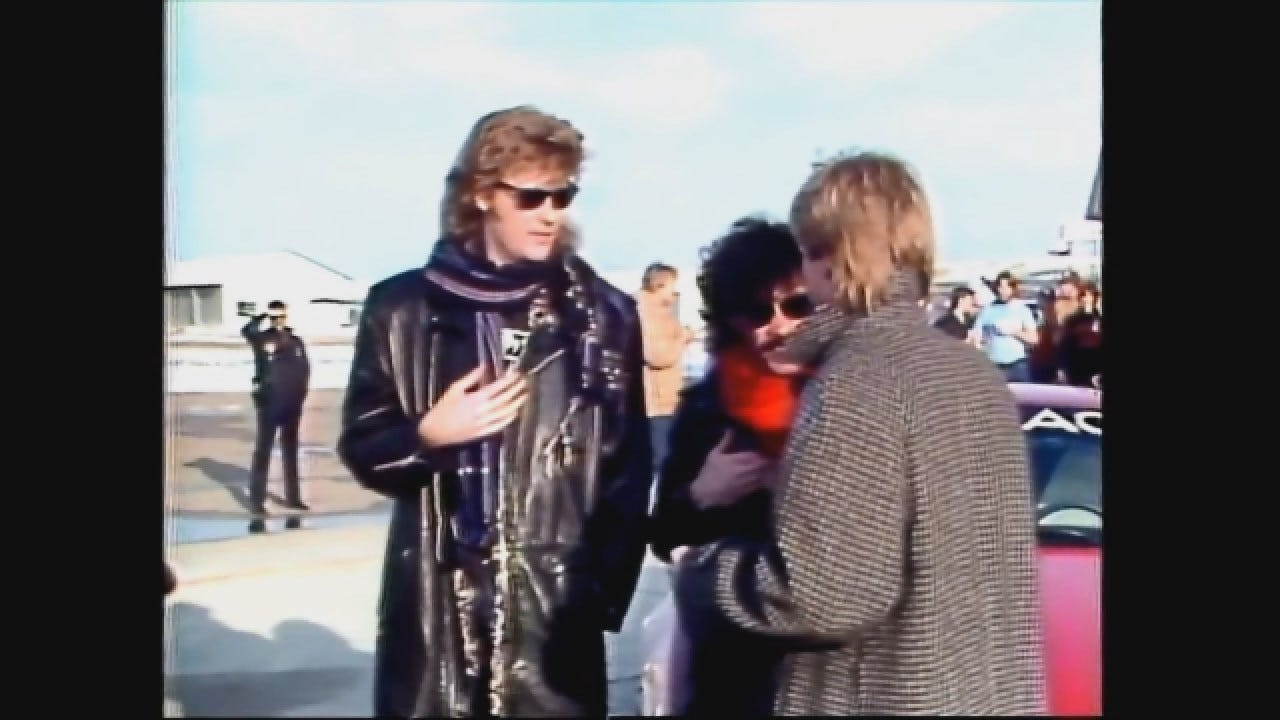 Flashback 1985: Hall & Oates Lear Jet Rally In OKC