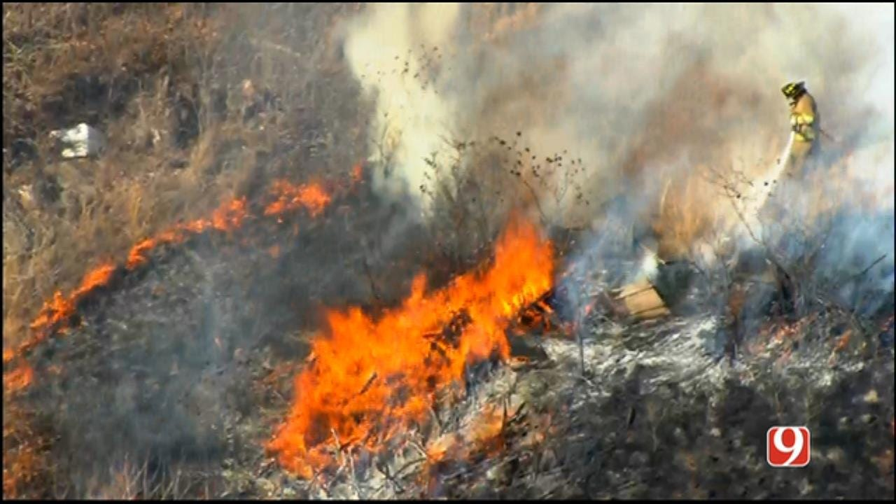 WEB EXTRA: SkyNews 9 Flies Over Wildfire In Spencer