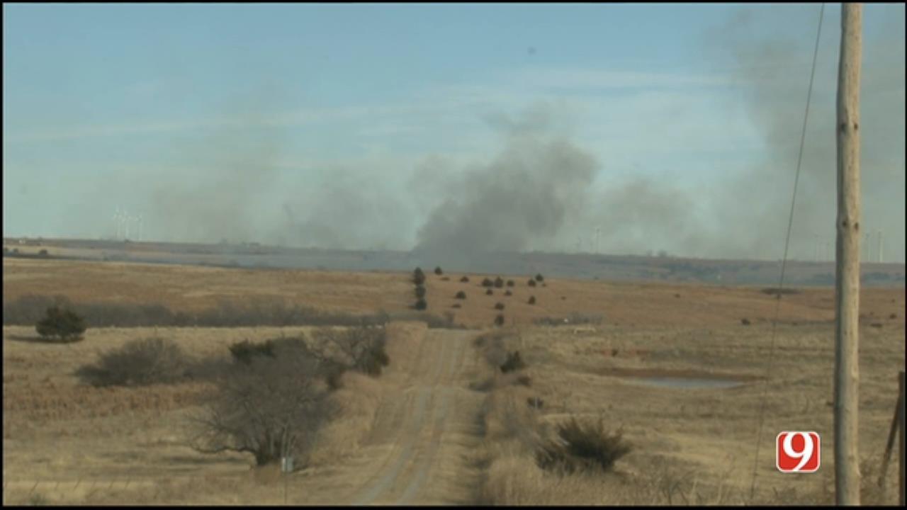 Crews Battle Pair Of Grass Fires In Western OK