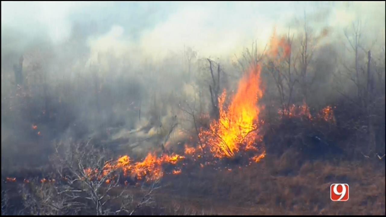 WEB EXTRA: SkyNews 9 Flies Over Wildfire Near Maud