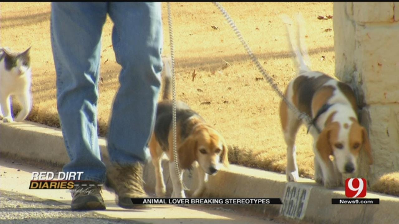 Red Dirt Diaries: Dogs And Cats Break Stereotypes With Each Stride